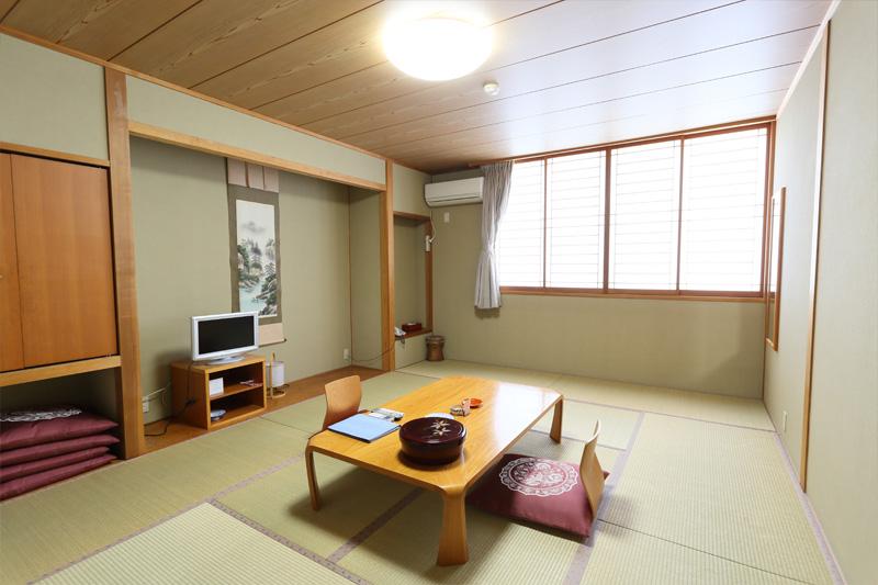 新館 和室【12畳】2  次の写真へ→