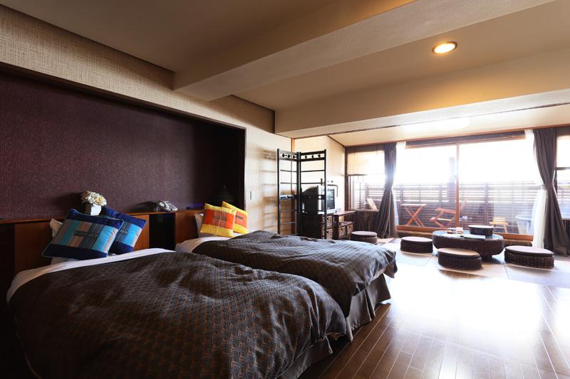 露天風呂付き客室 和洋室1 次の写真へ→